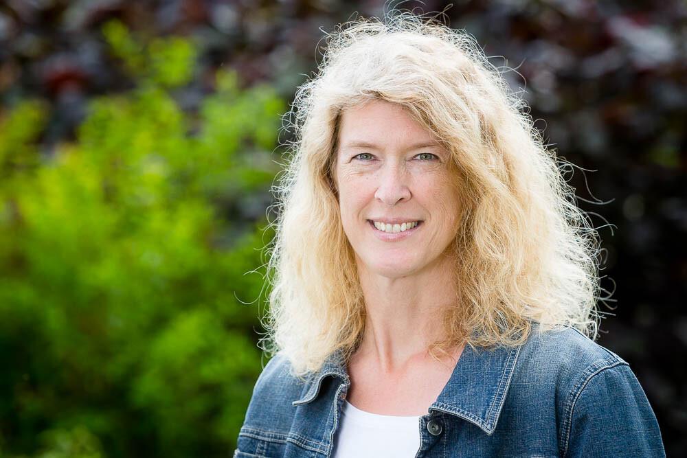 Claudia Bender, New Shining Light, mediale Beratung